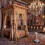 5 Incredibly Lavish Bedrooms from Around the World