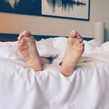How to Prevent Back Pain When You Sleep