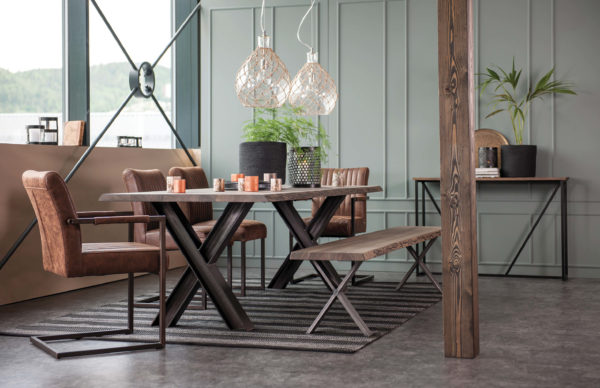 interior design rules you should break- dining table
