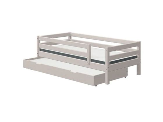 Classic Bed With Pull Out Bed