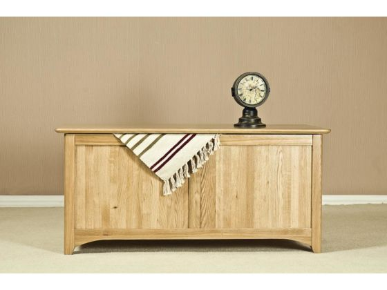 Turin Oak Large Blanket Box